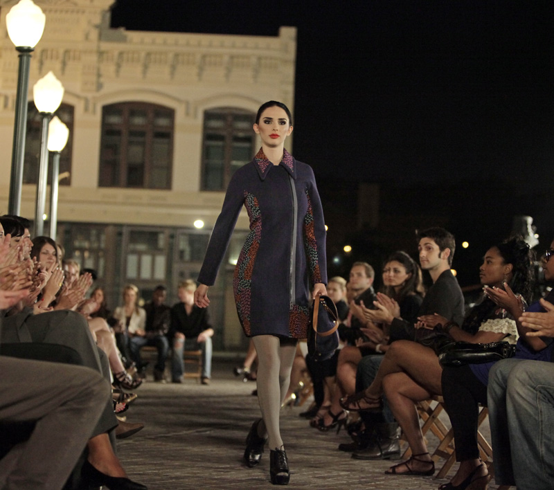 Sneak Peek! Zac Posen Styles Up Top Model Tonight