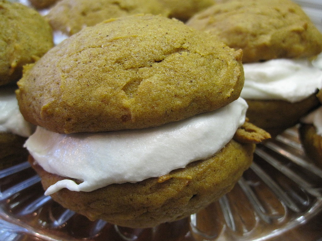 Pumpkin Whoopie Pies Recipe 2010-10-27 12:16:53