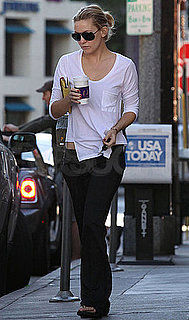 Pictures of Kate Hudson Making a Coffee Run in LA