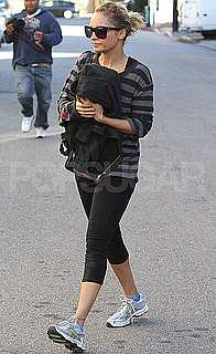 Pictures of Nicole Richie Leaving Gym in LA 2010-11-09 15:00:00
