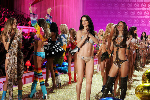 Tune In Tonight! 2010 Victoria's Secret Catwalk Show Airs at 7.30pm, Including Alessandra Ambrosio, Adriana Lima and Anja Rubik