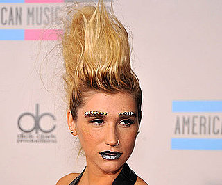 Ke$ha at 2010 American Music Awards, Complete With Fauxhawk, Grey Lipstick and Eyebrow Bling