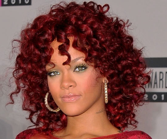 Rihanna at 2010 American Music Awards 2010-11-21 16:57:58