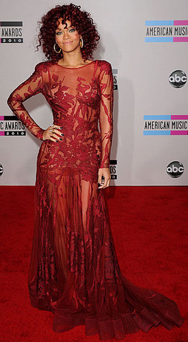 Pictures of Rihanna at the 2010 American Music Awards
