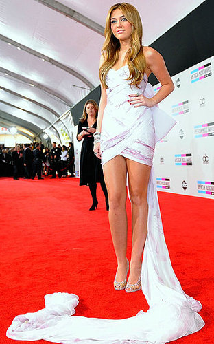 Pictures of Miley Cyrus at the 2010 American Music Awards