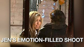 Video of Jennifer Aniston Shooting Wanderlust in New York 2010-11-19 09:38:34