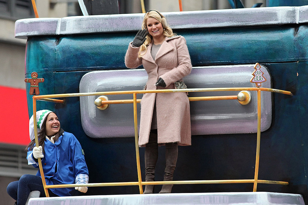 Pictures of Macy's Thanksgiving Day Parade With Jessica Simpson