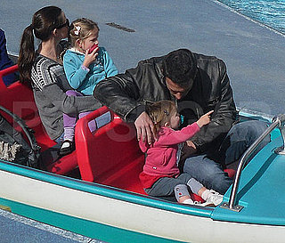 Pictures of Jennifer Garner and Ben Affleck at Disneyland With Violet and Seraphina