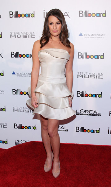 Lea Michele's strapless, tiered frock is a lesson in controlled volume — gorgeous!
