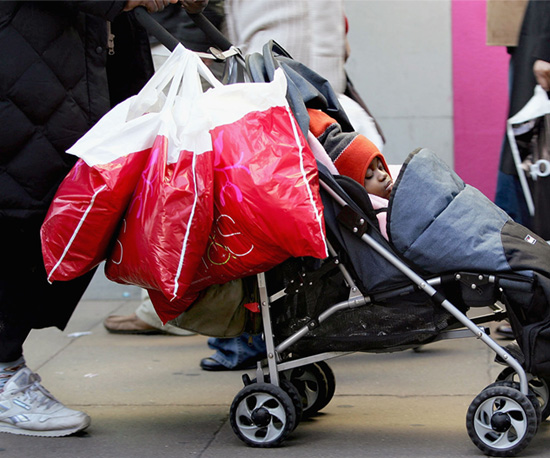 5 Ways Moms Can Avoid Getting Robbed While Shopping