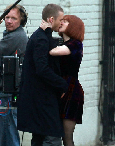 Pictures of Justin Timberlake and Amanda Seyfried Making Out on the Set of Now