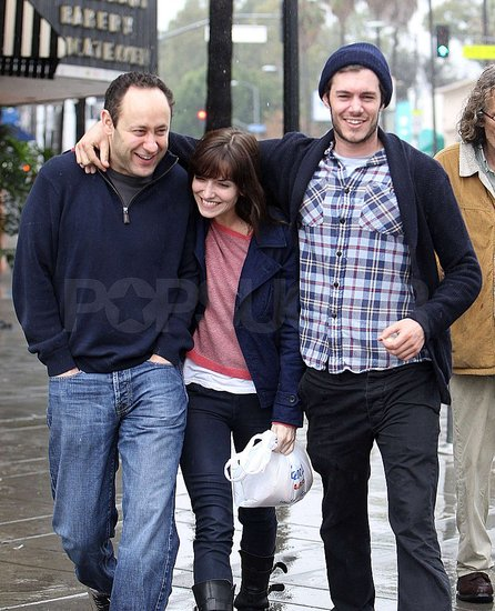 Pictures of Adam Brody and Lorene Scafaria Avoiding the Rain in LA