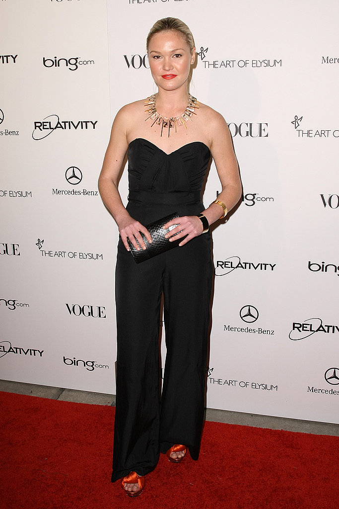 Julia Stiles sported a sexy black jumpsuit.