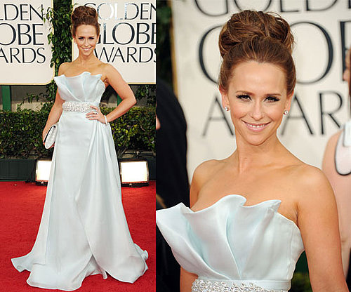 Jennifer Love Hewitt in Ramona Keveza at 2011 Golden Globe Awards