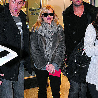Pictures of Reese Witherspoon Arriving in Berlin 2011-01-18 11:03:12