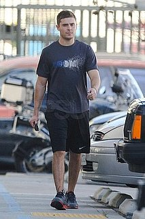 Pictures of Zac Efron Looking Hunky in LA