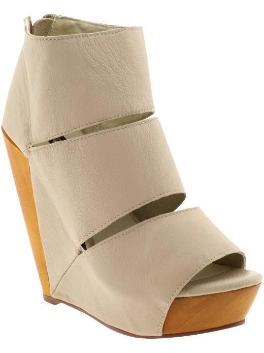 Messeca Coraline Wedge Sandal ($169)