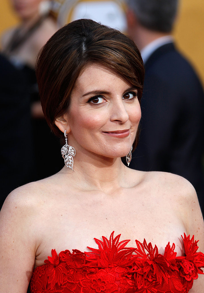 Tina Fey's leaf earrings were perfect for her pulled-back hair and open decolletage.