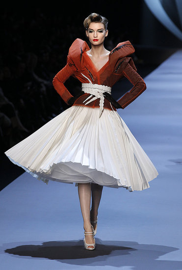 John Galliano Takes Dior to the '50s for Spring 2011 Couture