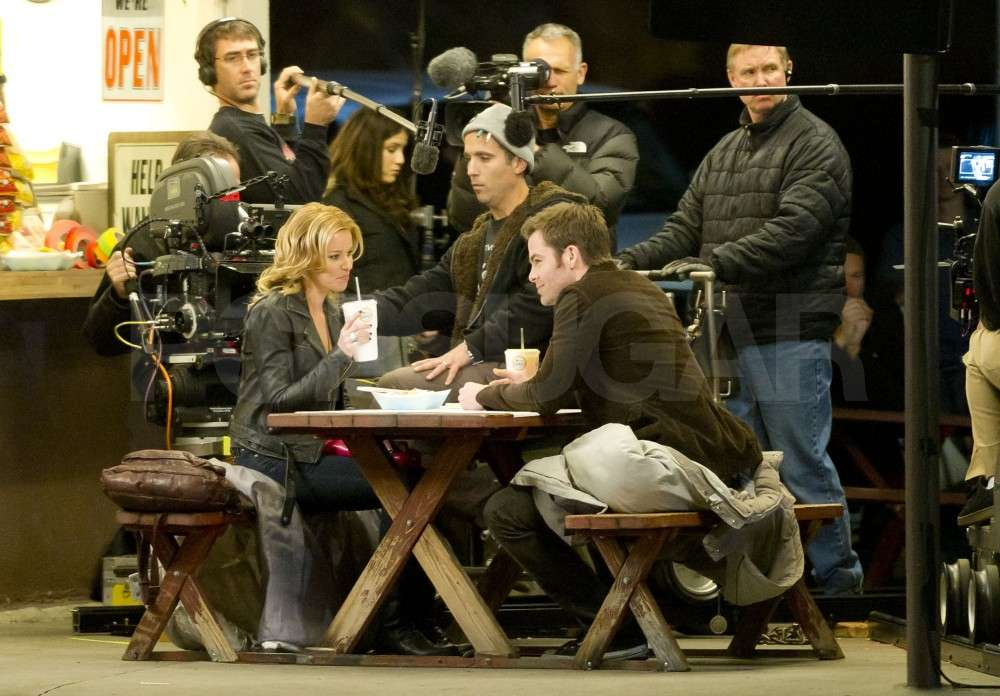 Chris Pine Welcomes Elizabeth Banks to the Set With Tacos