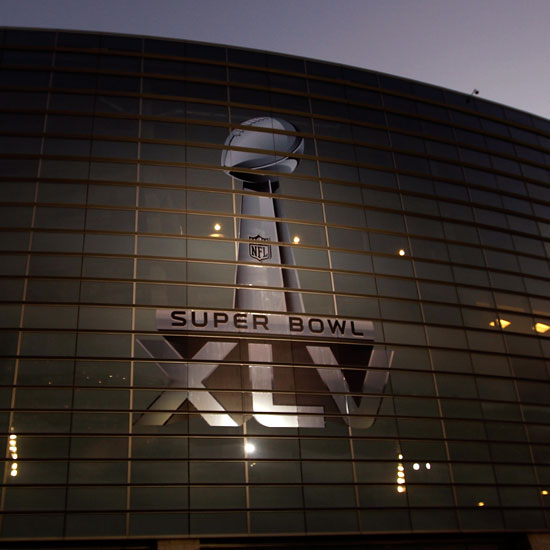5 Ways to Maximize Your Super Bowl XLV Experience