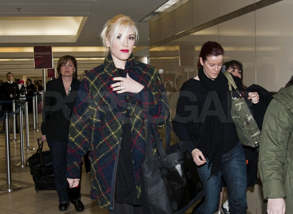 Gwen Stefani's Bling Causes Her Some Delay Departing LAX