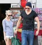 Kate Bosworth and Alexander Skarsgard Stay Close at the Grocery Store