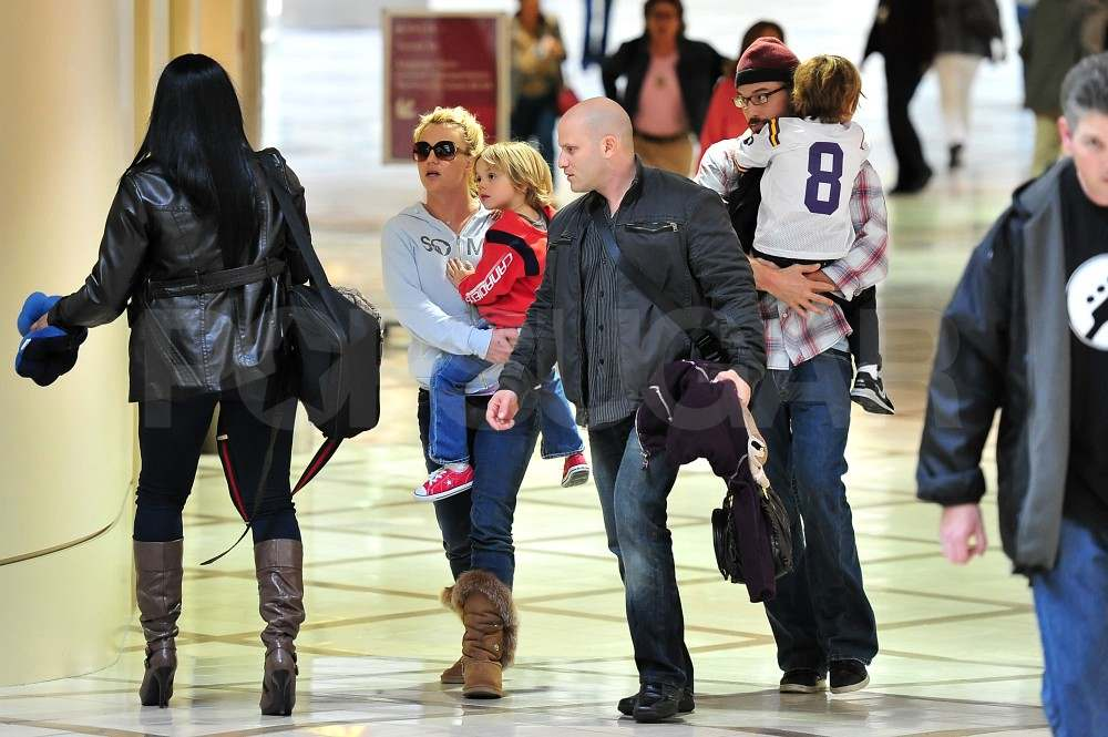 Britney Spears Heads Out of Town With Her Boys Following a Wild Week