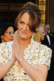 Melissa Leo Makes a Mirrored Oscars Entrance!