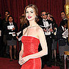 Pictures of Anne Hathaway on the Red Carpet at the 2011 Oscars 2011-02-27 15:56:57