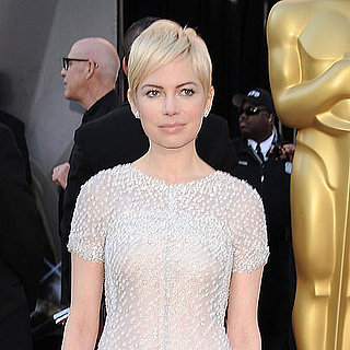 Pictures of Michelle Williams on the Red Carpet at the 2011 Oscars 2011-02-27 16:07:39