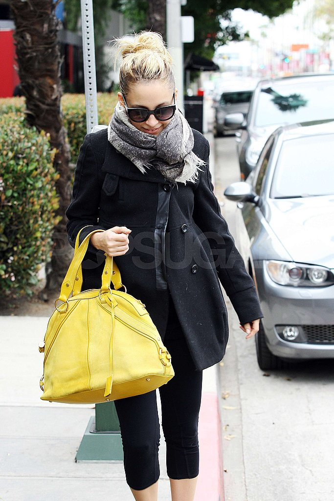 Pictures of Nicole Richie Carrying a Big, Bright Yellow Bag as She Leaves an LA Gym