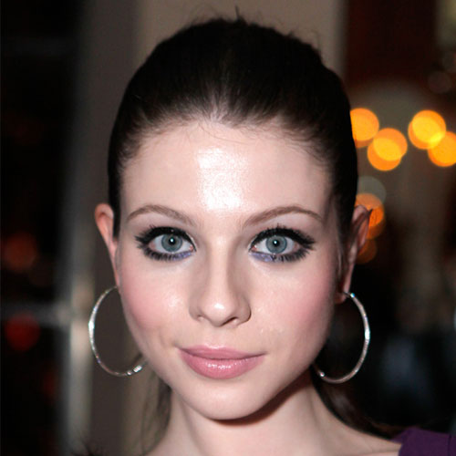 Try Violet Eye Makeup on the Lower Lashes Like Michelle Trachtenberg