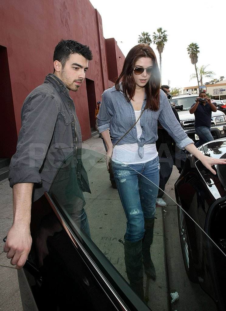 Ashley Greene and Joe Jonas Veg Out Together
