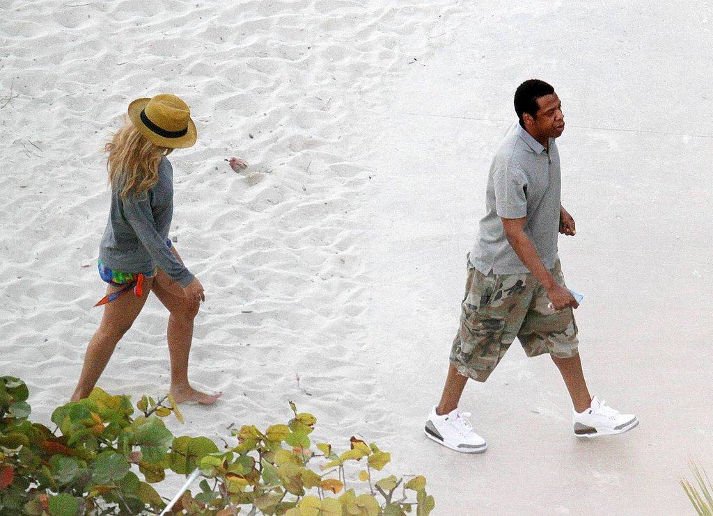 Beyoncé and Jay-Z Skip the Oscars and Opt For a Peaceful Swim in the Caribbean!