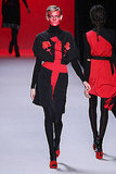 2011 Fall Paris Fashion Week: Viktor & Rolf