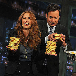 Pictrues of Isla Fisher on Late Night with Jimmy Fallon