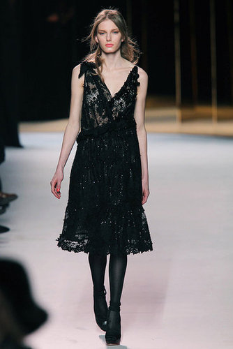 Fall 2011 Paris Fashion Week: Nina Ricci 2011-03-04 10:34:05
