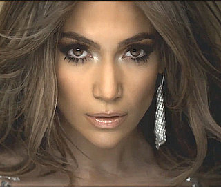 Jennifer Lopez Silver Eye Shadow Eye-Brightening Tips