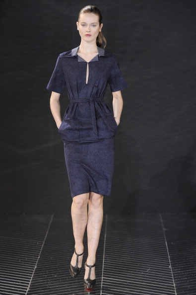 2011 Fall Paris Fashion Week: Roland Mouret