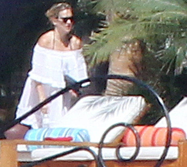 Kate Hudson Puts Her Bikinis Away but Still Enjoys the Cabo Sun