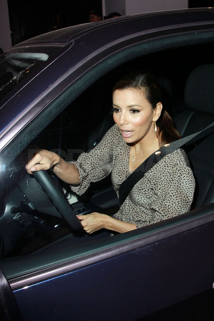 Eva Longoria Breaks From Her Makeouts With Eduardo to Dine With Her Girlfriends
