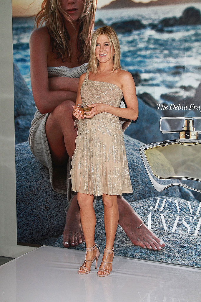 Jennifer Aniston Glows During a Work Trip to Mexico