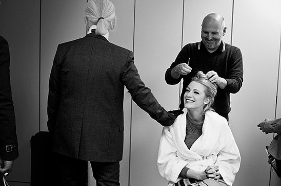 Go behind the scenes with Blake Lively and Karl Lagerfeld during their Chanel shoot.