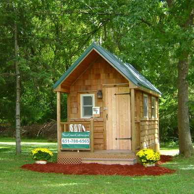 Minnesota-based company Tiny Green Cabins eschews modern building for a more Northwoods-friendly cabin look. They're adorable, don't you think?