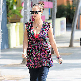 Pictures of Pregnant Jessica Alba and Cash Warren