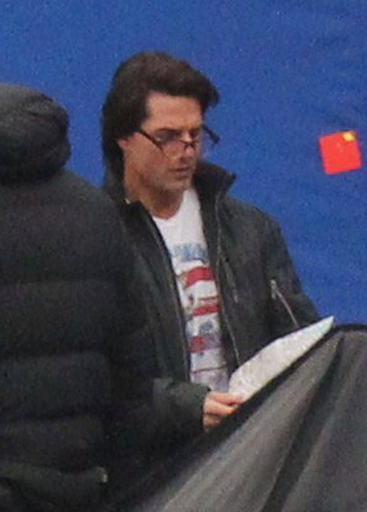 Tom Cruise Gets to Work While Katie Holmes Finds Herself in Laundry Mix-Up