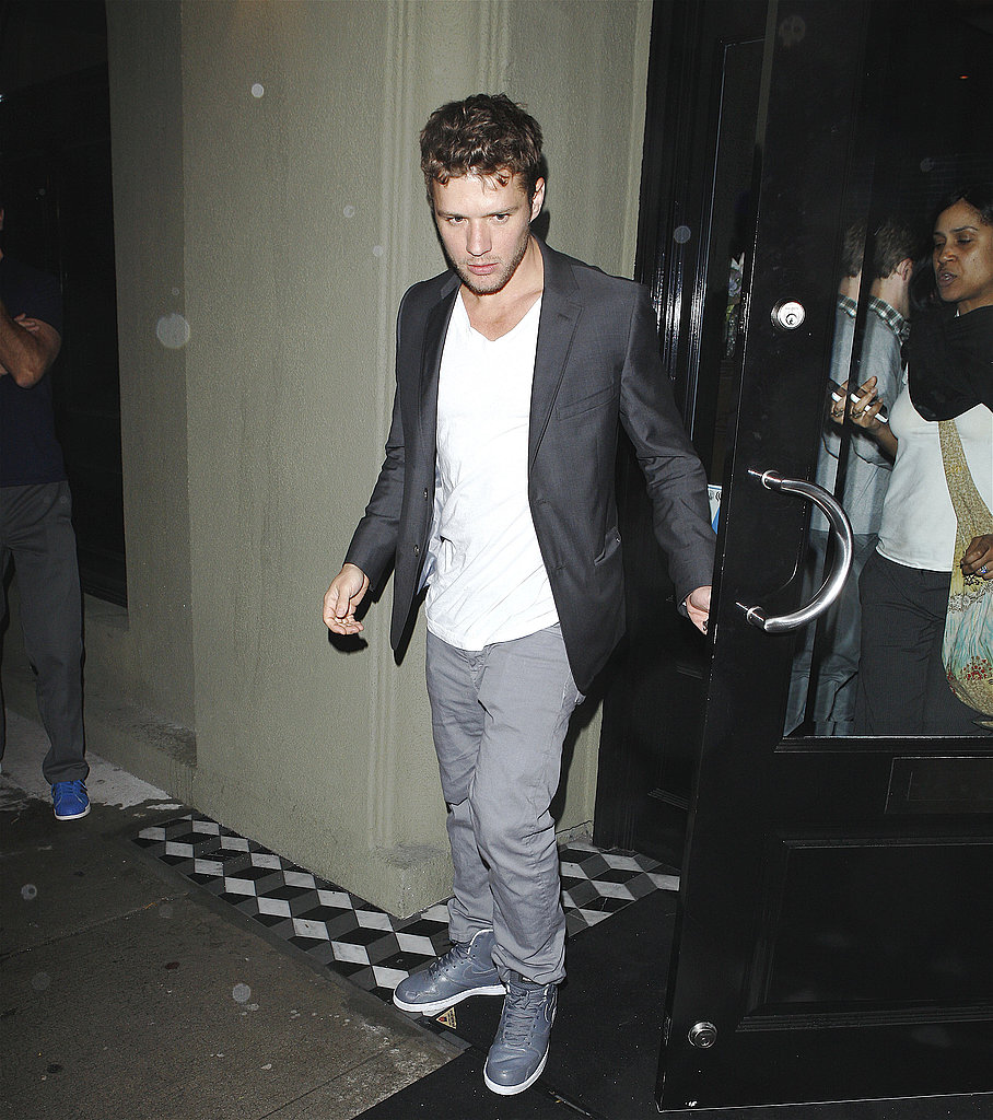 Ryan Phillippe Hits the Town With His Two Best Buds