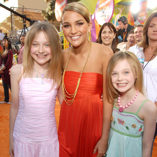 Dakota Fanning and little sister Elle teamed up with Jamie Lynn Spears on the red carpet in 2007.