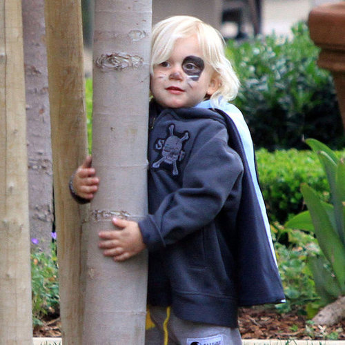Pictures of Gwen Stefani, Gavin Rossdale, Kingston Rossdale, and Zuma Rossdale Heading to a Kids' Party in LA